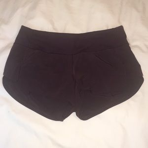 "Lululemon Speed Up Short (2.5"")"